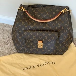 Authentic Louis Vuitton Large Metis Hobo monogram